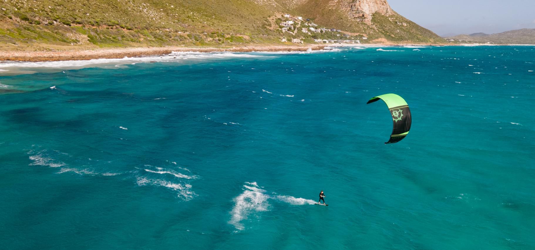 Scuola di kitesurf a Gizzeria Lido